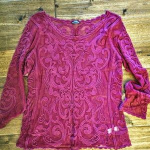 Express lace top, long sleeve